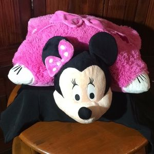Other - Pillow Pet Minnie Mouse